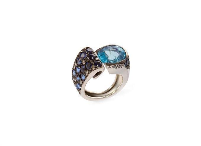 Anello Oceano in Oro bianco 18 carati, Topazio azzurro, Zaffiri e Diamanti