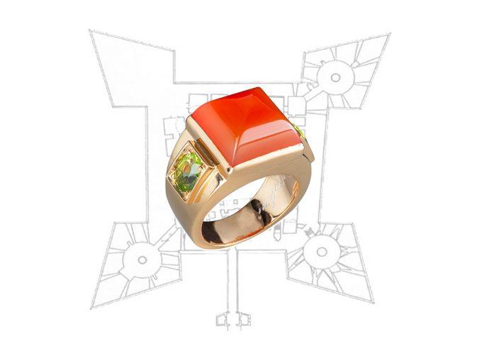 Anello Castello di Barletta realizzato in Oro Rosa 18 Carati adornato con Corniola e Peridoti
