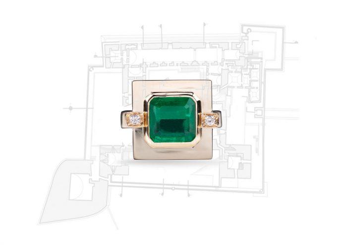 """Anello """"Castello di Trani Verde"""" in Oro Rosa 18 carati, Diamanti Bianchi e Smeraldo"""