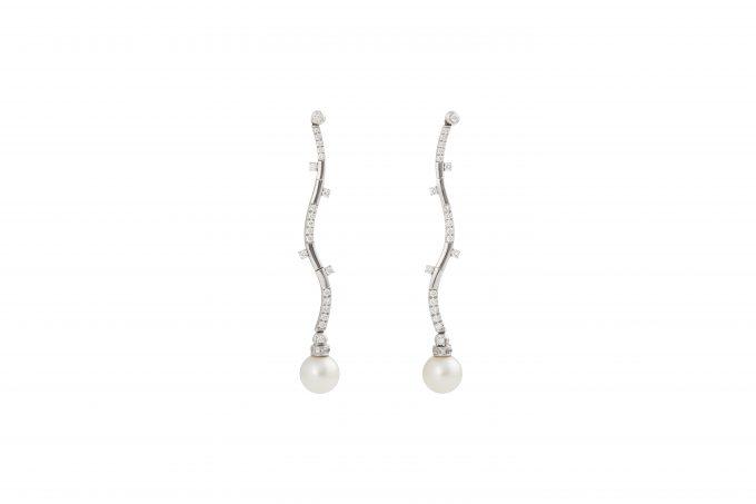 Orecchini pendenti oro 18 carati diamanti e perla